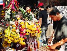 story.bangkok.market.cnn.jpg