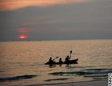 story.kohchang.canoe.cnn.jpg